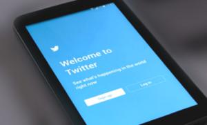Twitter Law Insider IN